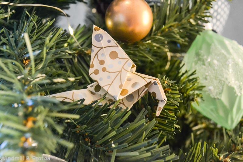 Origami Birds - Paper Christmas Decor | www.windmillprotea.com