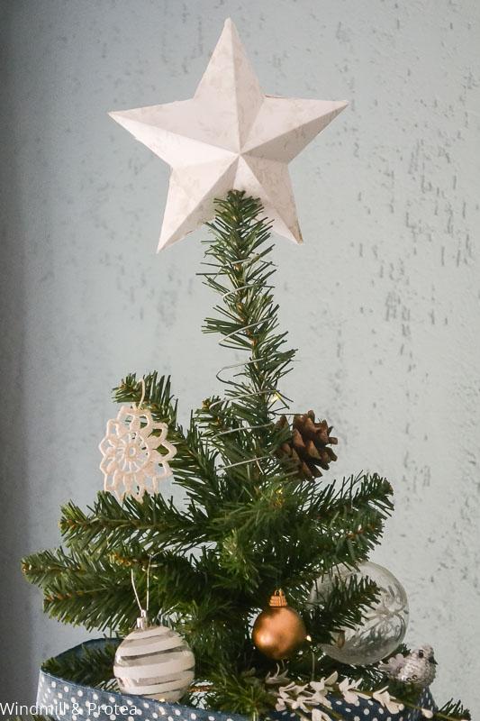 DIY Tree Topper | www.windmillprotea.com