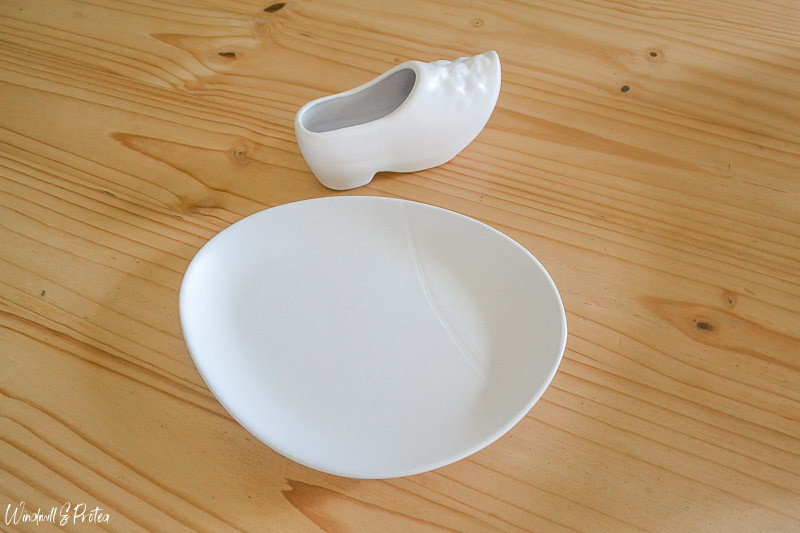 Plate & Clog Painted White | www.windmillprotea.com