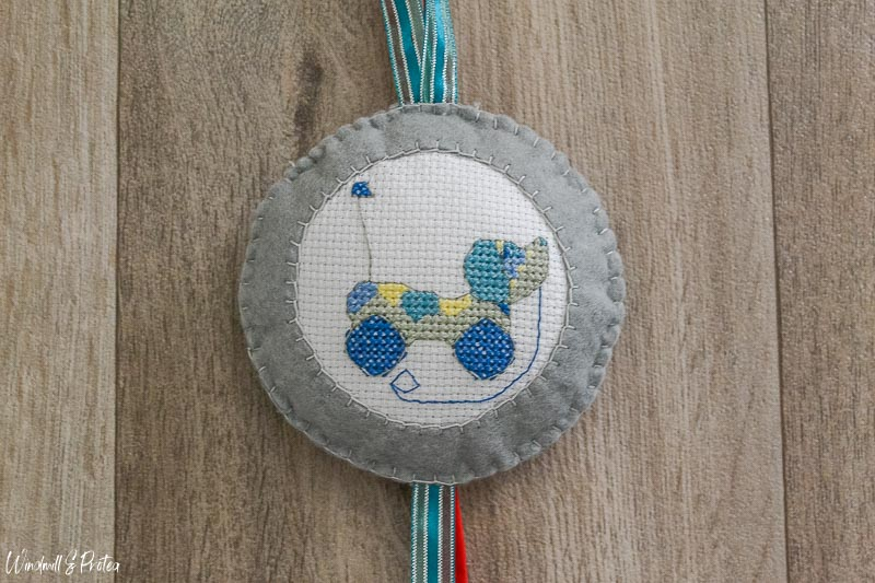 Toy Dog Cross Stitch | www.windmillprotea.com