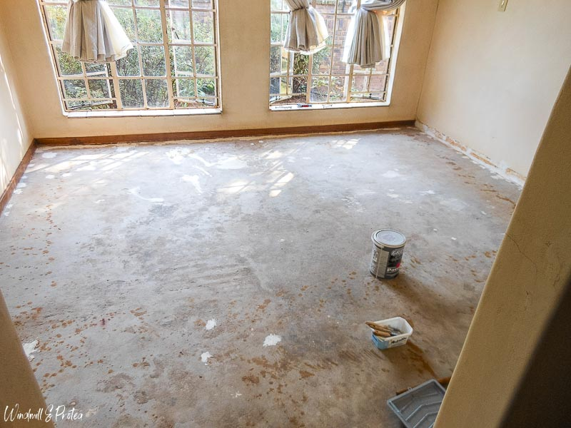 Carpet Removed and ready to paint | www.windmillprotea.com