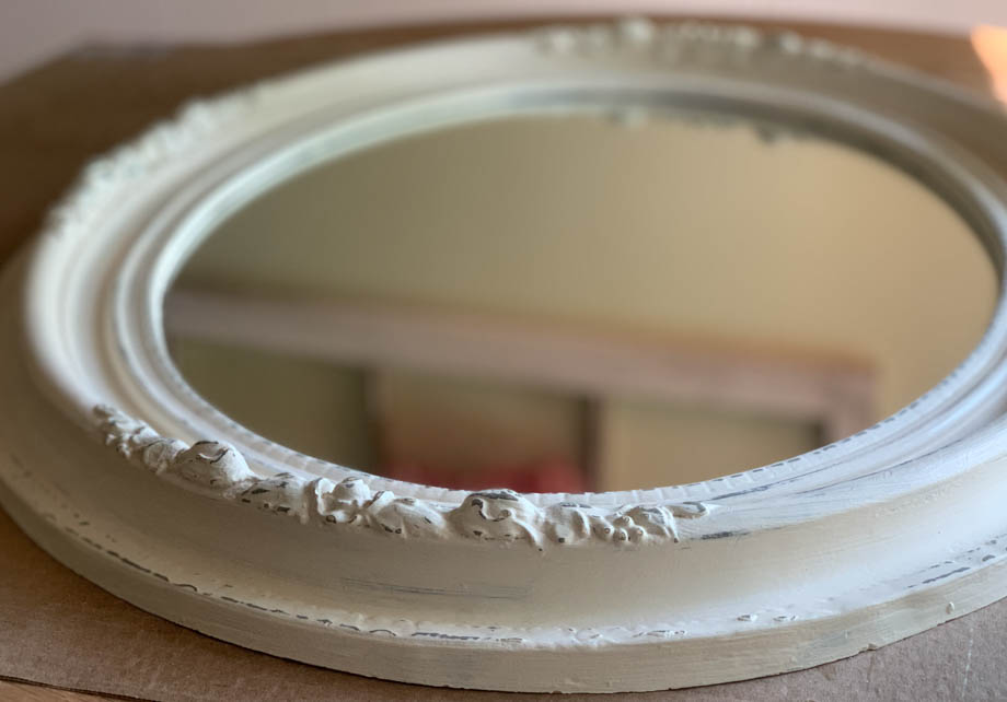 https://awellpurposedwoman.com/how-to-paint-a-mirror-frame-antique-white
