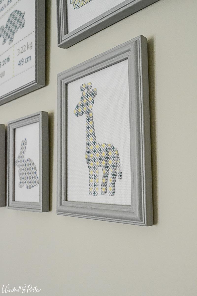 Giraffe Cross-stitch | www.windmillprotea.com
