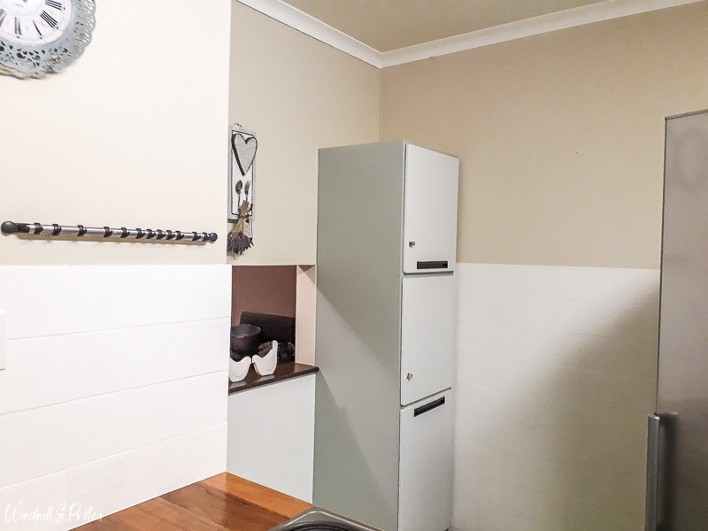 Paint Cabinets and Wall Tiles   www.windmillprotea.com