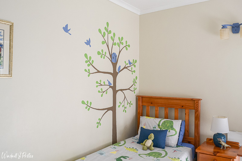 Paint a tree mural | www.windmillprotea.com