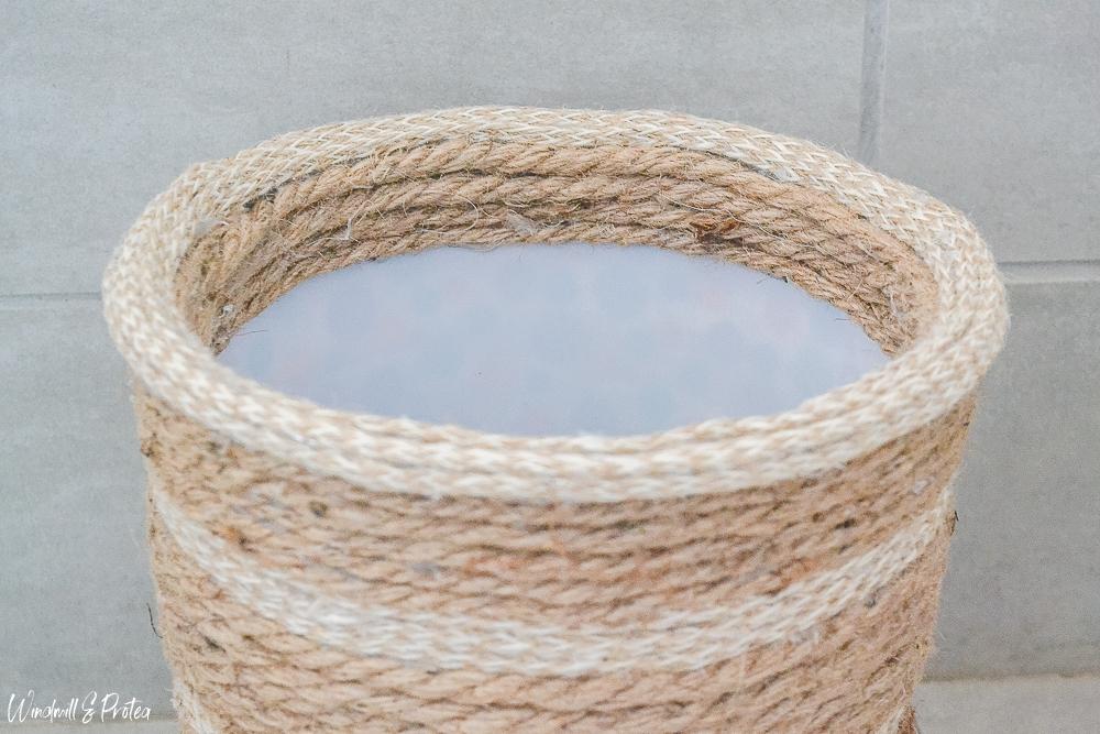 DIY Rope Basket - Neat inside edge | www.windmillprotea.com
