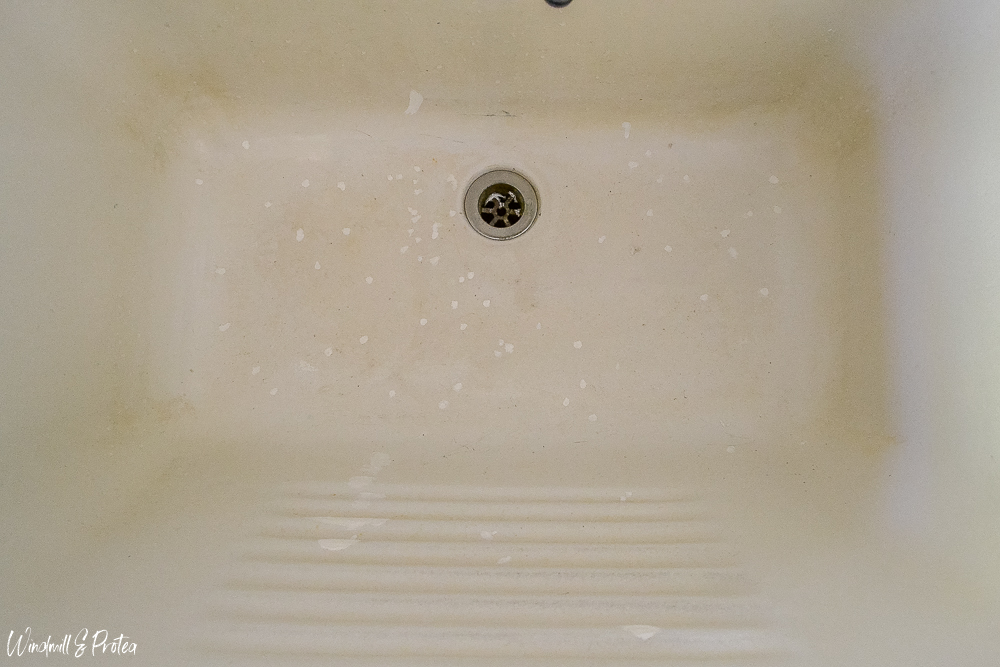 Repairing chips and scratches in sink | www.windmillprotea.com