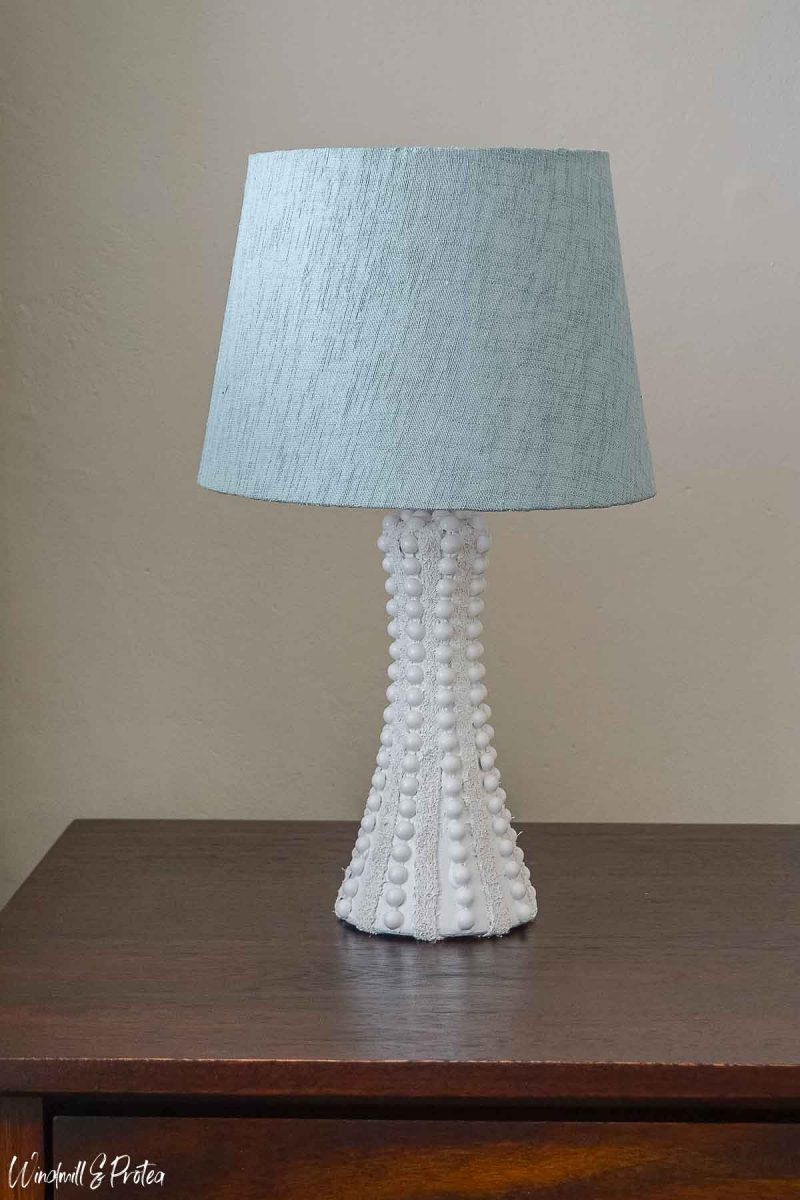 DIY Hobnail Table Lamp After | windmillprotea.com