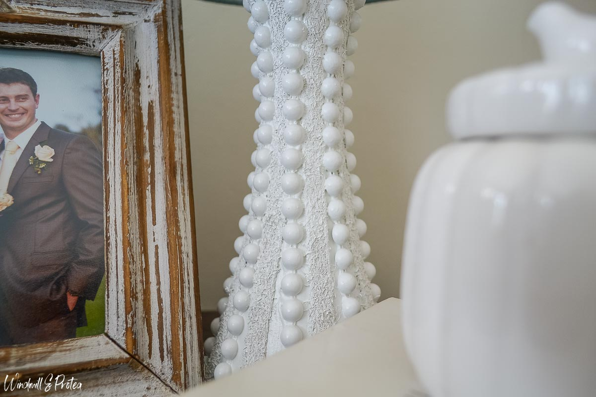 DIY Hobnail Table Lamp | windmillprotea.com
