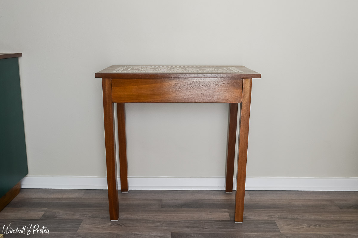 Small Side Table Makeover | www.windmillprotea.com