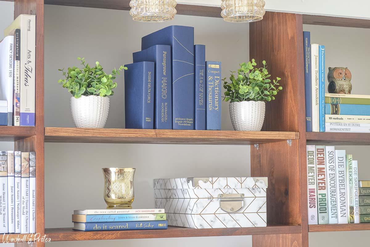 Bookshelf Styling | www.windmillprotea.com